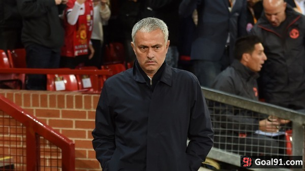 Premier League Round-Up: Chelsea show just how far Manchester United have fallen