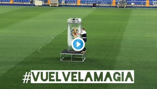 Video: Santi Cazorla's Villarreal unveiling is one of the most bizarre things you'll see | Goal91