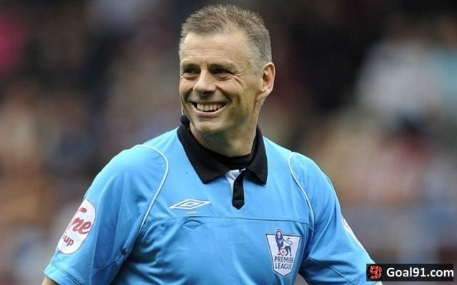 Mark Halsey hand job: Former Premier League referee received impromptu sex gift while moonlighting as taxi driver