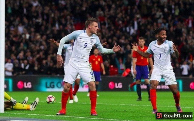 'Get Lingard off the pitch, we need Vardy!' - England fans urge striker to replace Manchester Utd star