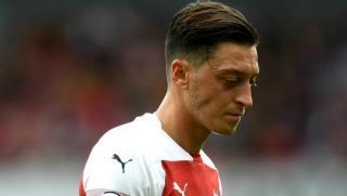 'Explains why he's invisible on pitch' - Mesut Ozil trolled after social media post