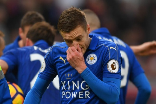 Alternative Boxing Day Preview: Vardy's Skittles home brew, smuggling Fellaini and more
