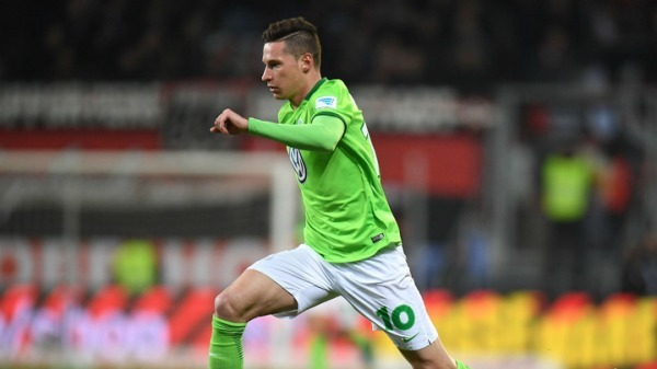 Premier League: Blow for Arsene Wenger as Julian Draxler's PSG move confirmed
