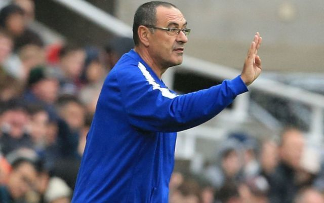 'Won't be surprised if he decides to leave' - Some Chelsea fans question Sarri's use of influential star vs West Ham