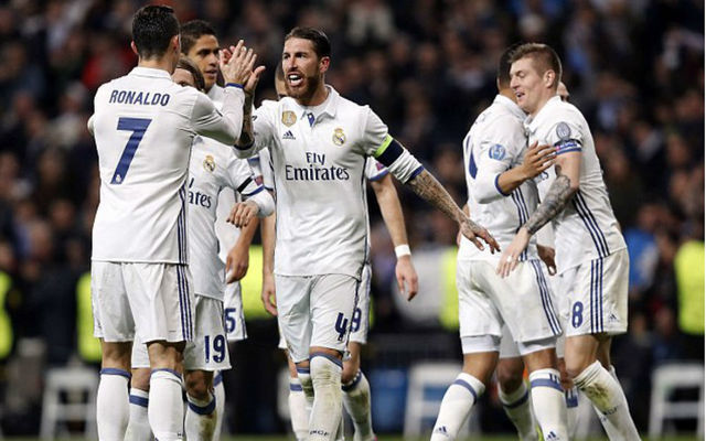 """""""Not even top 10 anymore"""" - Fans hammer """"finished"""" Real Madrid ace following wasteful first half display against PSG in Champions League"""