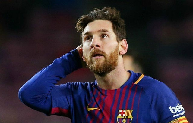 Lionel Messi fighting to keep Liverpool transfer target at Barcelona