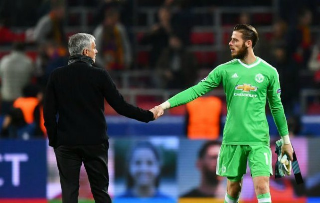 Jose Mourinho identifies surprise transfer to replace £99million Manchester United star