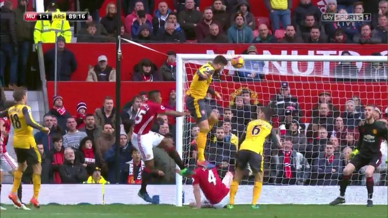 VIDEO: Super-sub Olivier Giroud rescues a point for Arsenal at Man United