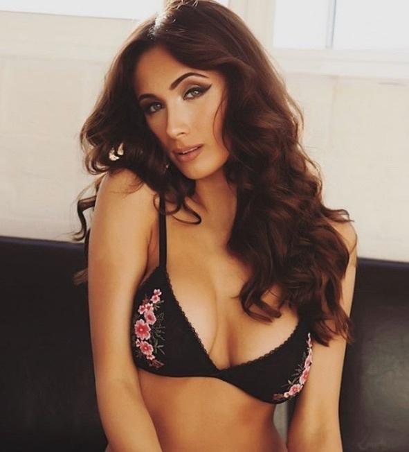 Sophie Rose in lingerie