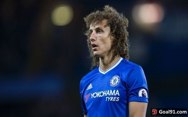 (Video) David Luiz turns up to watch Chelsea youth game