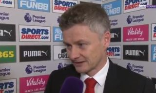 Video: Ole Gunnar Solskjaer shows touch of class with response to equalling Sir Matt Busby's Manchester United record | Goal91