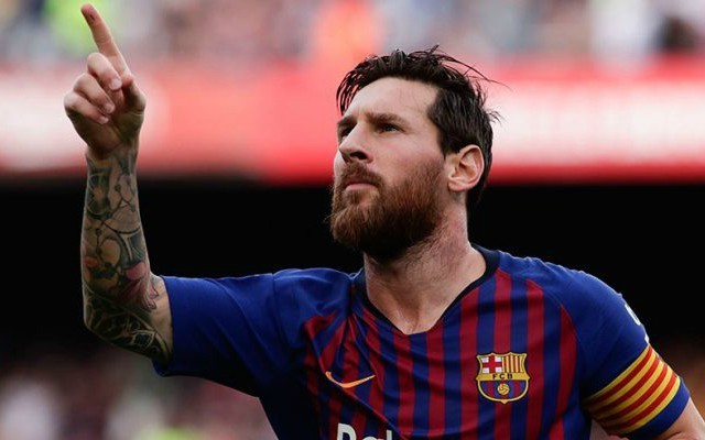 Lionel Messi sends message to Barcelona board regarding transfer he's keen to see happen