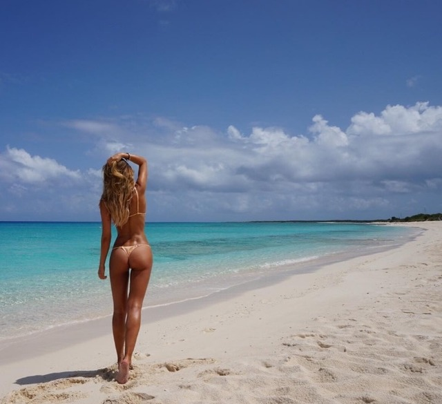 Stunning Ann-Kathrin Brommel thong photo on Instagram
