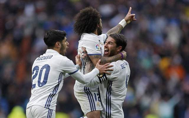 """Simply a natural superstar"" - Real Madrid star wows fans with ""decisive"" performance in crucial 3-1 Champions League win over PSG"