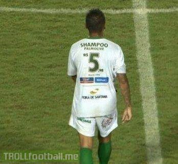 Fluminense are using their shirts to advertise prices at a supermarket.