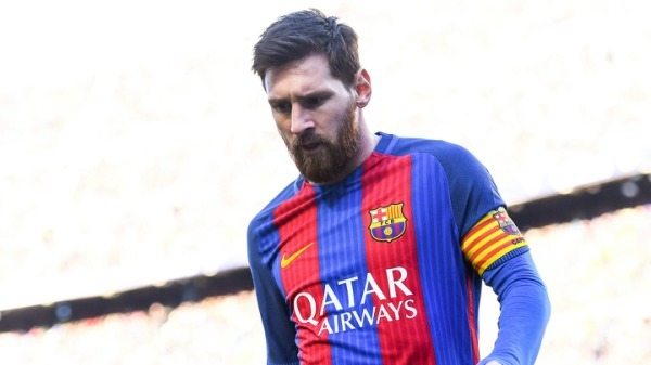 Premier League: Lionel Messi addresses Manchester City transfer rumours