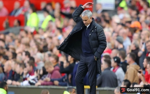 Manchester United legend majorly disrespects Jose Mourinho after Liverpool stalemate
