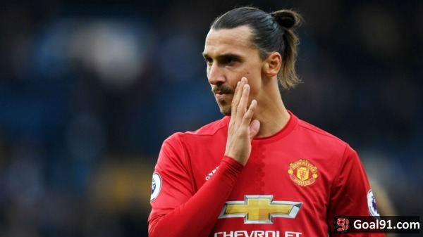 Football: Ibrahimovic aims to outdo Napoleon and conquer USA