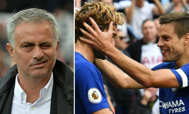 Jose Mourinho urges Manchester United to launch £70m transfer bid for Chelsea star
