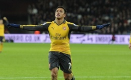 Alexis Sanchez slammed by ex rugby player as Arsenal boss somehow blames ref over controversy
