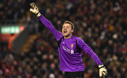 Watch: Controversy in Liverpool match as Reds 'keeper Mignolet fouled during Leicester goal